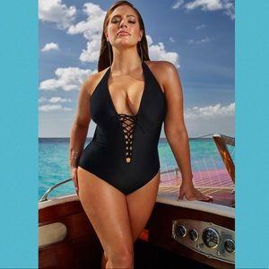 Ashley Graham X Swimsuitsforall